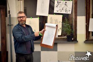 Vladimír Strejček vede kurz figurální kresby
