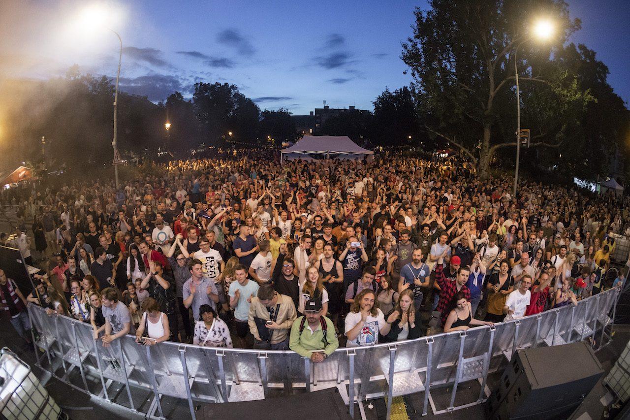 United Islands of Prague 2019: Desetitisíce návštěvníků pařily v centru Prahy